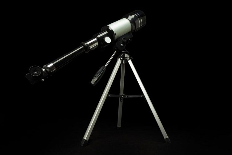 Astromaster 130 eq reflector telescope scope the universe