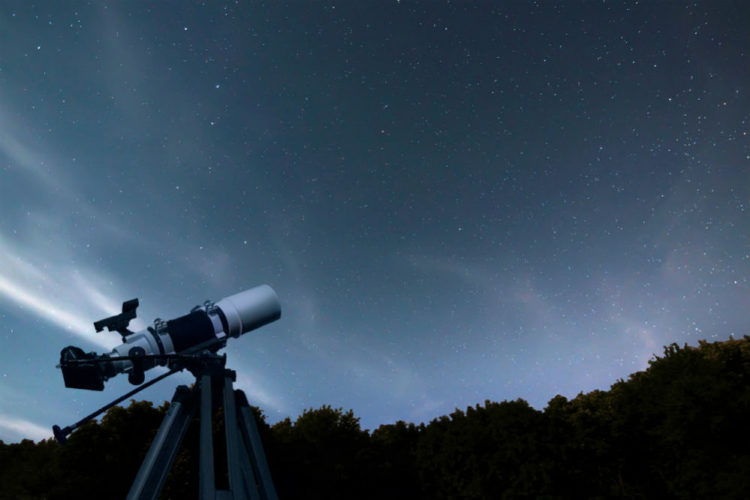 Reflector vs refractor telescope which is best for stargazing